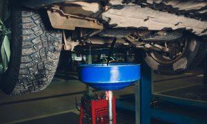 Esto es lo que debes saber sobre el cambio de aceite en vehículos pesados